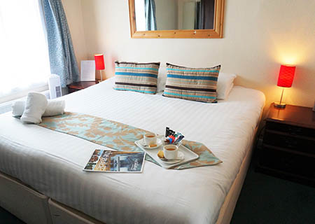 Hotel lodge rooms Canterbury